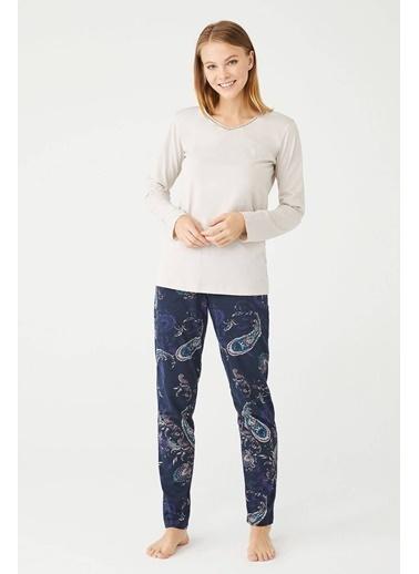U.S. Polo Assn. Kadın V Yaka Pijama Takımı Bej